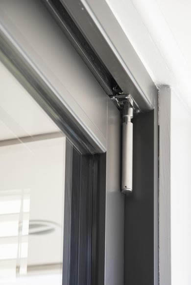Bi-fold door slide bolt