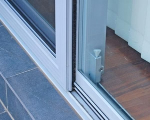 Sliding door repairs - aluminium and wooden sliding door repairs