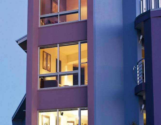 Aluminium window installation and replacement