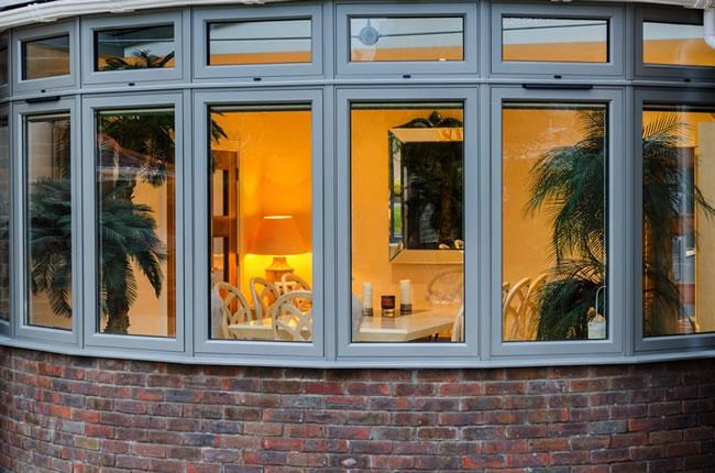 aluminium-window-repairs-mob