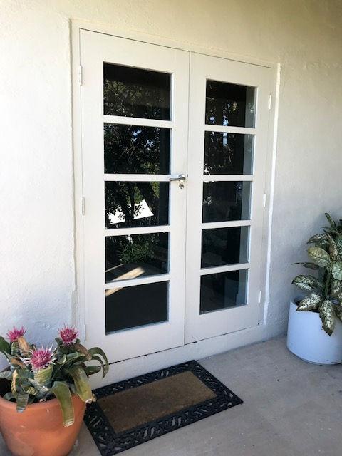 Entrance door remodel before